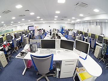 名護イーテクノロジー オフィス フロアー